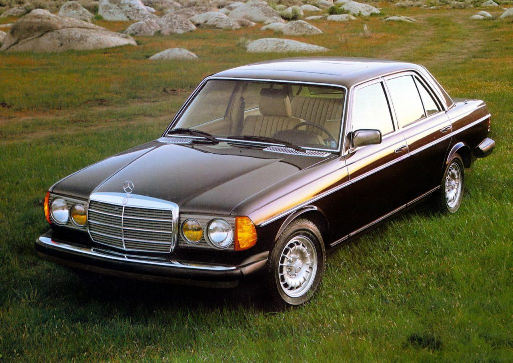 Mercedes-Benz Clase E, 1982, Industria Automotriz Colombiana, historia